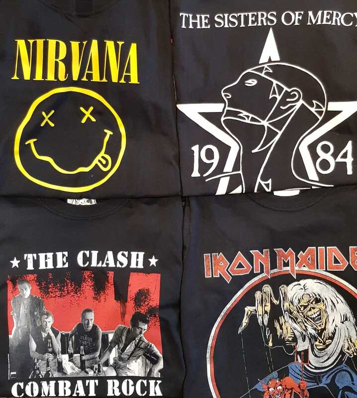 Rattlesnake Vienna Bandshirts von Nirvana - Sisters Of Mercy - The Clash - Iron Maiden.
